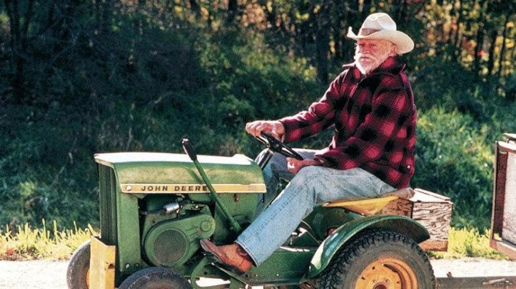 richard-farnsworth-as-alvin-straight-in-the-straight-story-19991