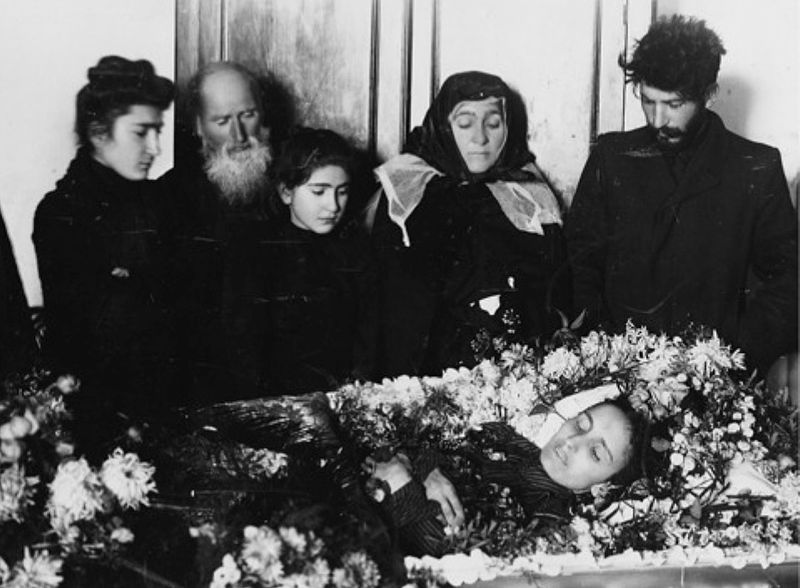 Kato_Svanidze_funeral