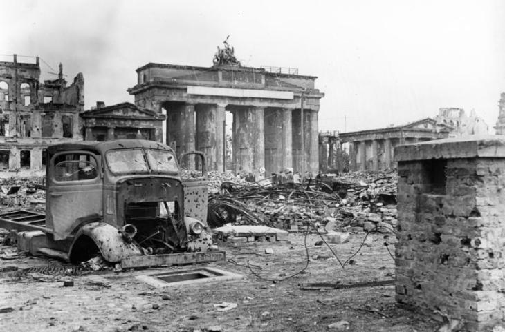 Berlin, Brandenburger Tor und Pariser Platz